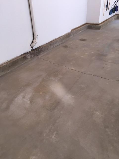 New england connecticut concrete painting or polishing for Clean concrete floor for painting